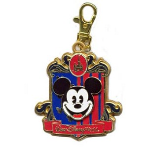 Disney Lanyard Medal - Walt Disney World - Mickey Mouse Logo