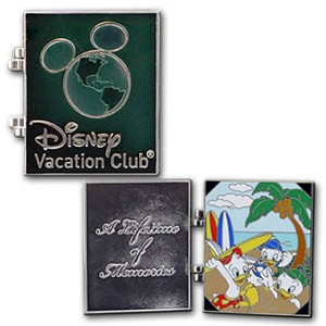 Disney DVC Pin - Disney Vacation Club - Lifetime of Memories Pin Nephews