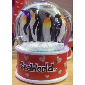 SeaWorld Snow Globe - Penguin Family Pink Hearts