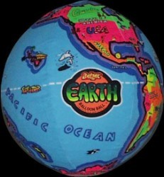 Disney Balzac Ball - 15 Inch – Earth